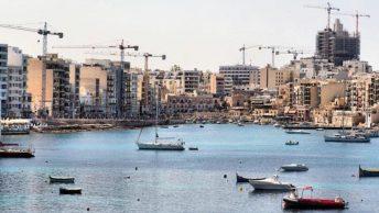 Dokumentar viser Maltas overflod af grimme betonbyggerier