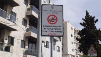 St. Paul's Bay forbyder indtagelse af alkohol på offentlige steder